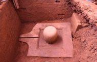 மண்ணுக்குள் புதைந்து கிடந்த 1100 ஆண்டுகள் பழமையான சிவலிங்கம் கண்டுபிடிப்பு!