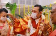 இந்து சமய முறைப்படி வீட்டிலிருந்து நவராத்திரியை அனுட்டிக்கவுள்ளேன்: மஹிந்த அதிரடி அறிவிப்பு!